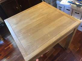Small collapsible dinning room table