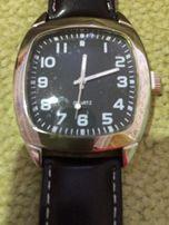 Продам мужские кварцевые наручные часы