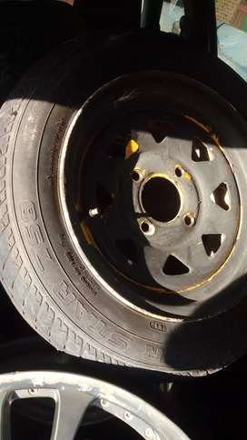 13 Rims and Tyres