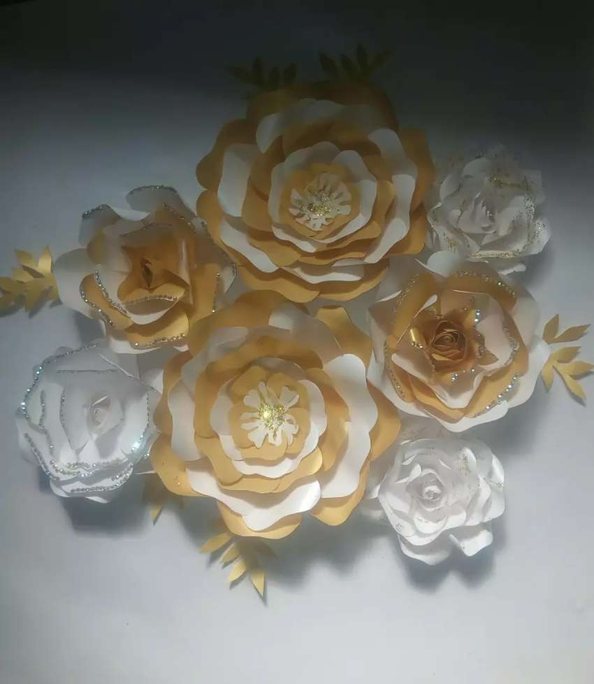 Paper flowers for backdrops 0