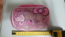 Hello Kitty косметичка и .мягкая игрушка