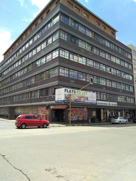 Butchelors available to let, at Diamond place