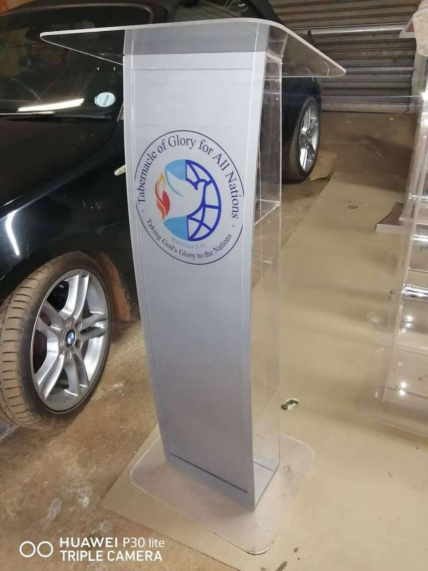 Customized Silver Full Front Pulpits & Lecterns