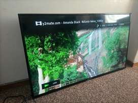 Hisense 50inch led tv with remote control
