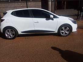 Renault Clio 0.9  year 2015