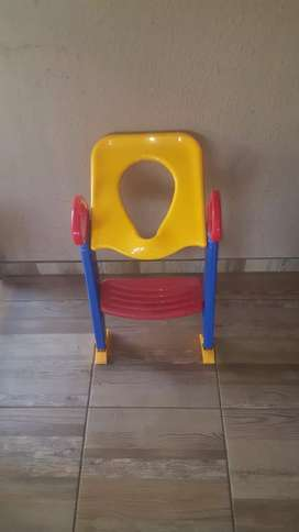 Step up toilet seat