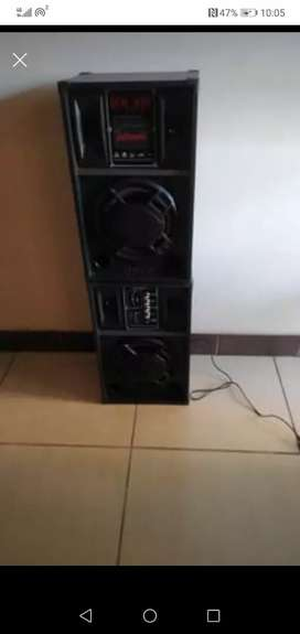 Speaker with build in Amp loud sound 10 inch