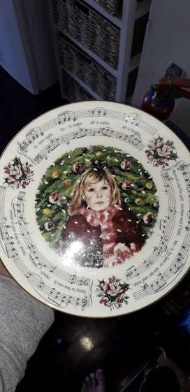 Silent night Royal Daulton plate