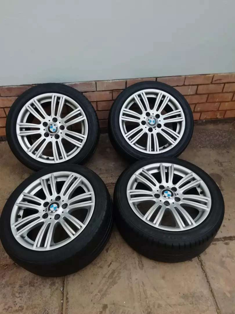 """BMW 17"""" MSPORT MAGS WITH RUNFLATS 0"""