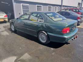 2000 BMW E39 528i BREAKING UP FOR SPARES