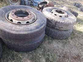 4x 10hole rims R700 each