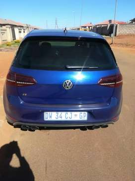 Golf7R for sale at very low price good condition