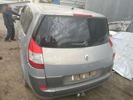 RENAULT SCENIC FOR SALE AS IS OR AVAILABLE FOR STRIPPING FOR SPARES