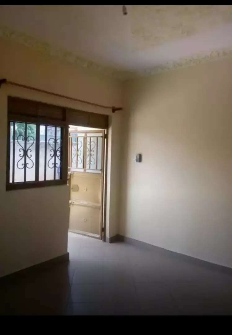 Single room self contained for rent in kitintale 0