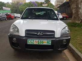 2007 Hyundai Tucson 2.0 with Leather seats