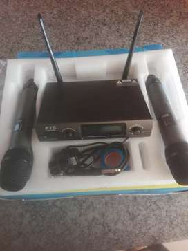 Daul wireless microphone