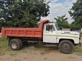 NISSAN UG 780 ADE 6CUBIC TIPPER