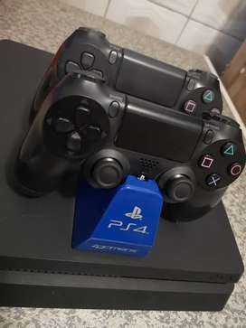 SONY Playstation 4 1TB AMAZING DEAL!! plenty of games included.
