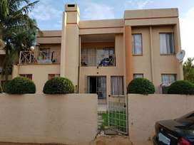 3 Beds  2 Baths  2 Living areas Townhouse for sale in Montana Park