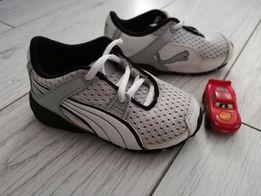 Продам детские кожаные кроссовки Пума