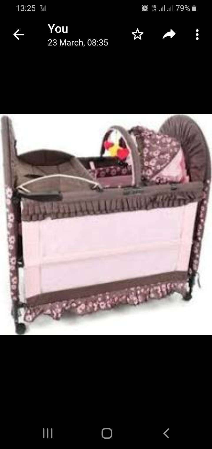 Chilino bed and cot 3 in 1 0