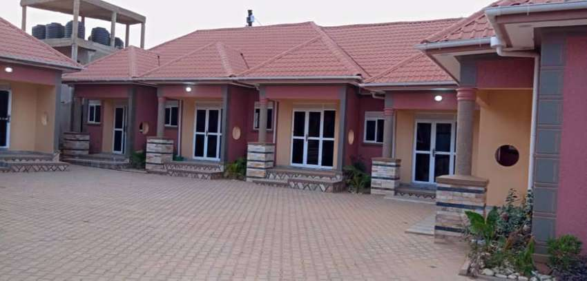 On sale::12units earns 6m monthly on 20decimals in KISASI at 700m ugx 0