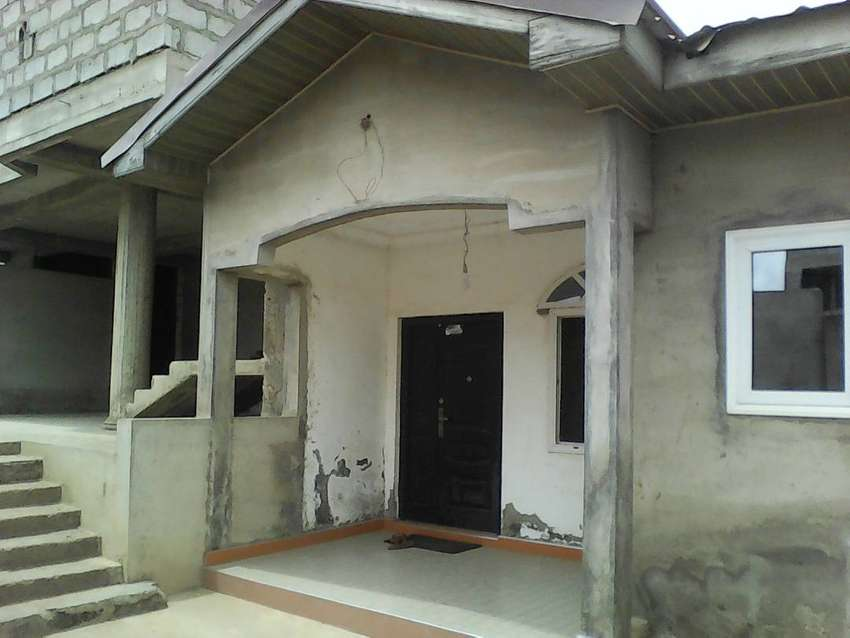 4 . uncompleted house at ashongman estate for sale 0