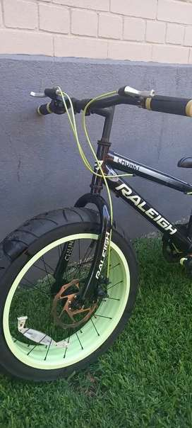 Raleigh chunky fat bicycle