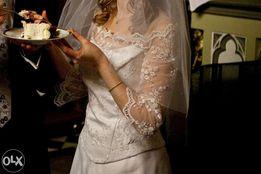 Piękna suknia ślubna rękaw koronka styl Księżnej Kate 36