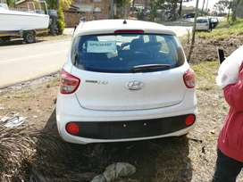 2019 i10 grand motion  1.0 brand new cari hasen in accident  but1side