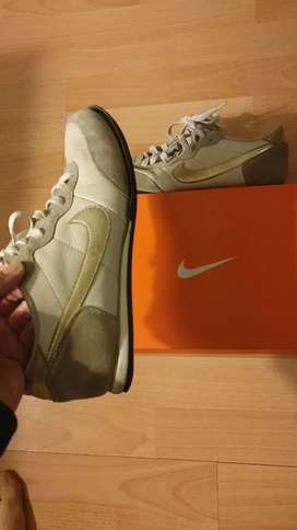 Nike track and field leather 7.5 UK