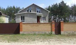 Продам дом ок.300 м2.с.Дубиевка