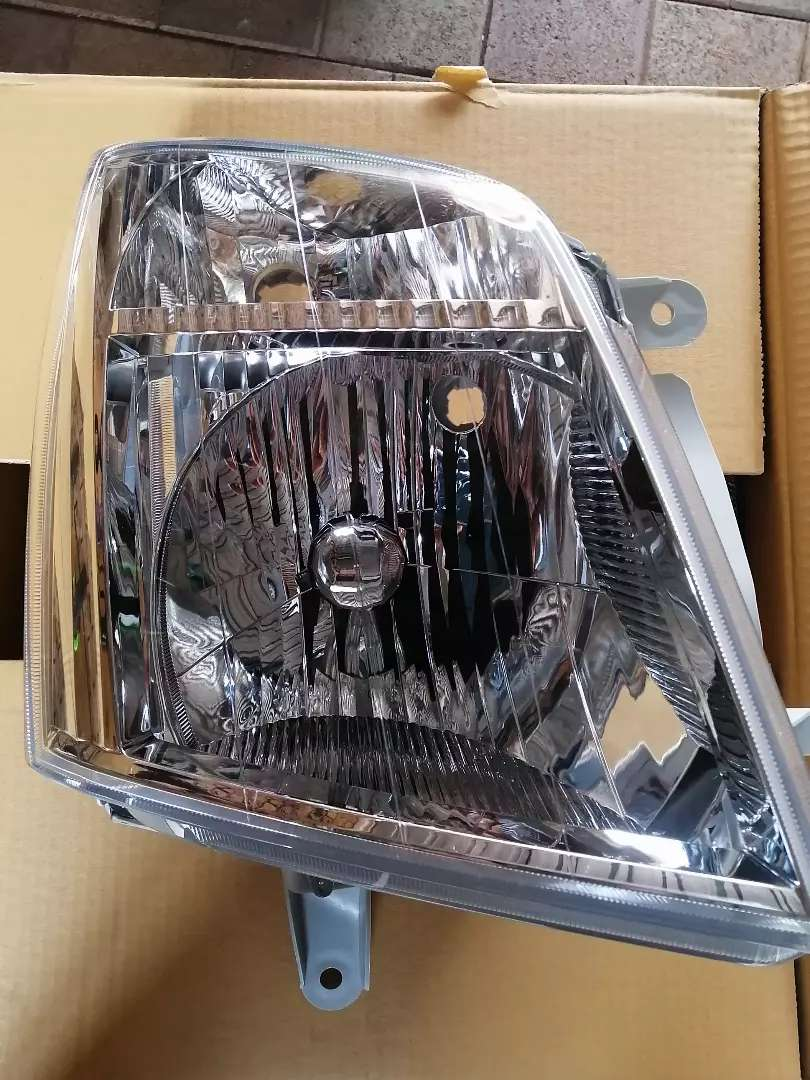 Isuzu KB series Headlamp RH 2007 - 2011 0