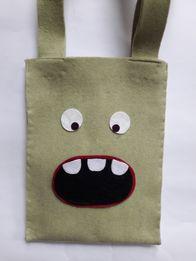Hand Made - śliczna i modna torba dziewczęca z filcu/ wełny