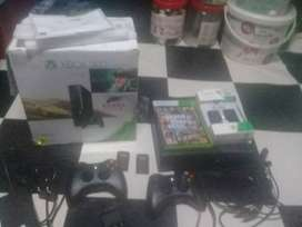New Xbox 360 in perfect condition