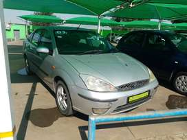 2003 Ford Focus 2.0i sedan