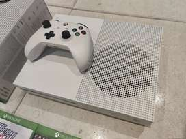 Xbox 1 S 1tb console with one controller & cables