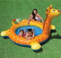 Надувной бассейн Жираф с фонтаном