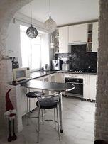 СРОЧНО квартира полностью укомплектована 2 х ком. квартира ул.Склярова