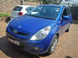 Pre-owned Hyundai i20 for urgent sales.