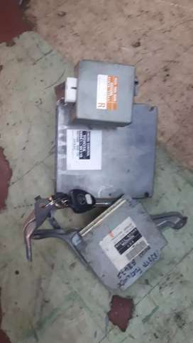 Toyota fortuner 3L 1kd auto lock set for sale