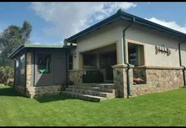 Dullstroom, 3 Bedroom House for sale