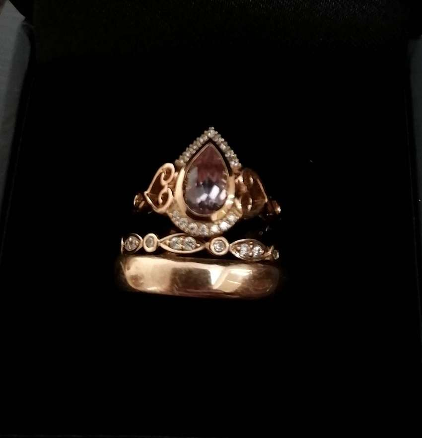 His & Hers vintage rose gold wedding collection 0