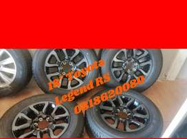 Toyota Hilux Legend RS new mags and tyres 18''.