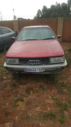 1992 AUDI 500 SEL STRIPPING SPARES