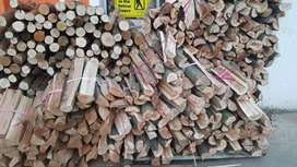 Dry black wattle and gum wood for sale