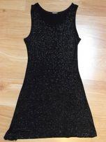 """Sukienka """"mała czarna"""" idealna na imrezę"""