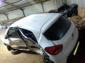 Renault kwid car parts is for sale