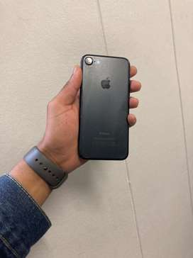 Iphone 7 with 32 gb