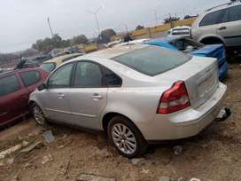 Volvo S40 stripping for Spares